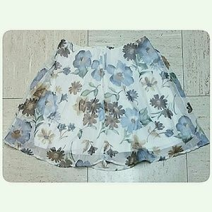 Skirts - *CLEARANCE*Floral Pastel Mini-Skirt Cream Size Med